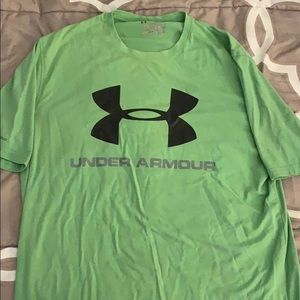 Men's Medium green under armour shirt